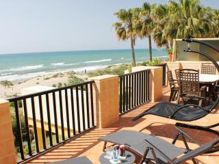Panoramic sea views in the best beach of Marbella