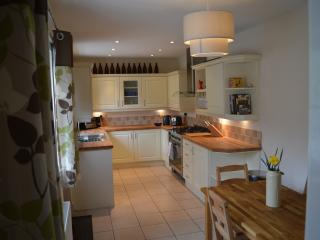 The Kitchen/Diner is fully equipped, all white goods and a great 5 ring gas hob and huge oven