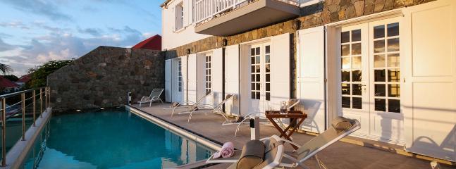 Villa Sur Le Port 2 Bedroom SPECIAL OFFER, Gustavia