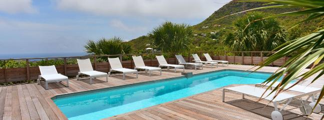 Villa Vina AVAILABLE CHRISTMAS & NEW YEARS: St. Barths Villa 236 This Modern And Contemporary Villa Is In An Exceptional Condition, And Is Perfectly Well Maintained., St. Barthelemy