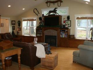 Affirmation Cottage Rental, Art Studio/Gallery, Murphys
