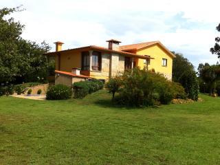 Preciosa y tranquila casa en Adina (Sanxenxo))