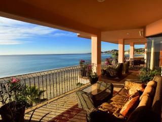 Luxury 5 Star Oceanfront El Zalate - 3400 Sft 3BR, San Jose del Cabo