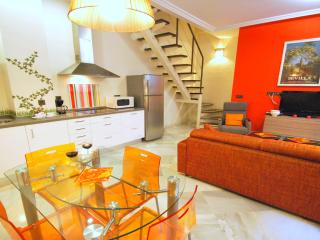 Lovely Duplex with 2BR - Ap Jaen, Seville