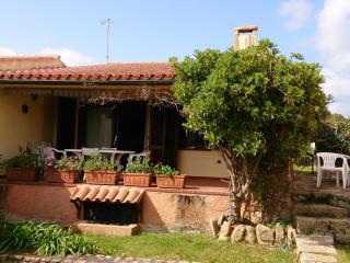 Villino vista mare con giardino, Palau