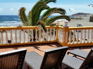 House with large terrace front el medano beach