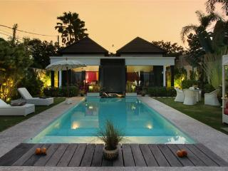 #D4 Charming and Serene villa Central Seminyak