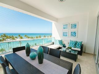 New ocean view apartment with private pool- 8 poep, Juan Dolio