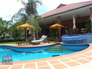 Villas for rent in Hua Hin: V5261