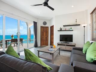 Stunning Beachfront Villa (V3), Koh Samui