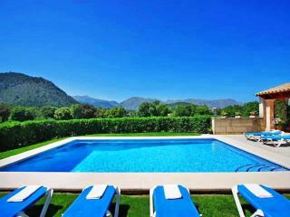 Villa Malagarba. 2km from Old Town Pollensa. Wonderful views. Free car included!