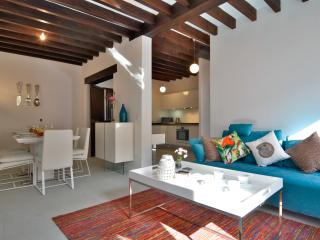 WINTER OFFER! Boutique Loft Palma Old town 4/5pax, Palma de Mallorca