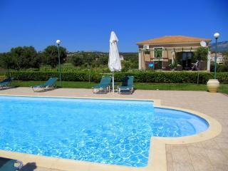 Monambeles Villa MARY - Quaet Holiday House