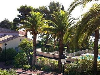 Symphonie 33500  semi detached villa, airconditioning, shared pool, sea at 50 mt, Les Issambres