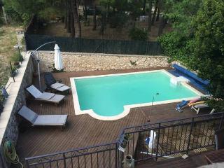 Location Maison La Bastide Des Jourdans 6 à 8 pers, La Bastide-des-Jourdans