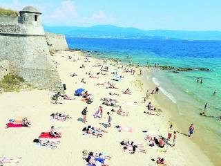 Au coeur d'Ajaccio à 1 minute à pied de la plage