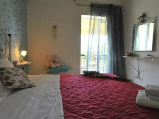 Dassia apartments near the beach- Olg
