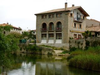 Casa Atostarra El Hogar, Ibero