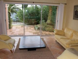 Melchor 132729 villa with 3000m2 garden with pool of 11 x 5.5 mtr, aircondition