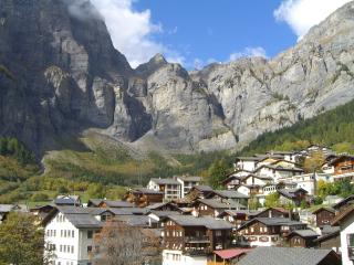 5* luxury apartment, sleeps up to 4, Swiss Alps