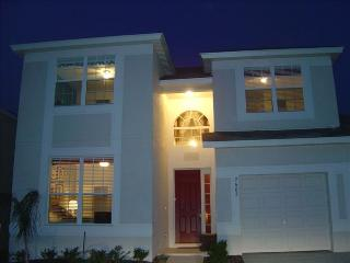 Wow Factor-Interior Designers Own 5 bed/5bath Home, Kissimmee