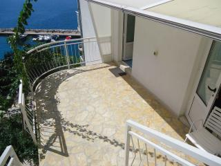 Cute Flat with Amazing Sea View, Zivogosce