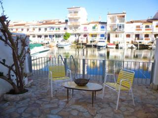 Apart-rent (0153) Casa al canal tipo pescador