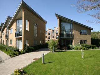 Luxury 'gated' City apartment, Cambridge