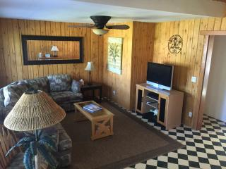 North Shore Affordable Escape, Haleiwa