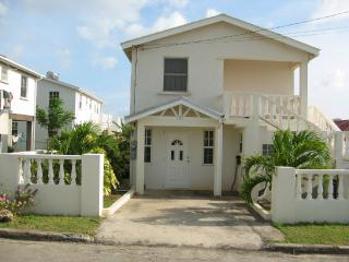 Ground Floor Holiday Apartment - Heywoods Park, Barbados