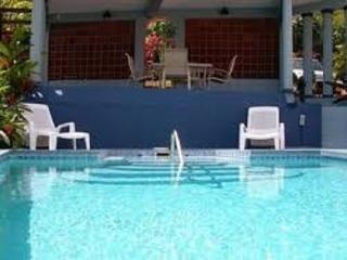 Deluxe Poolside Garden Suites