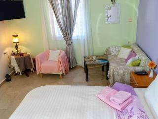Extra luxury corner honeymoon at Myrties/Massouri with fantastic seaview and rom