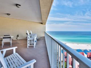 Fall Dates OPEN! Gorgeous Views from Huge Balcony!, Miramar Beach