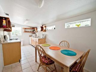 Very open dinning table and full kitchen