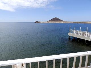 Nice Apartment with fantastic sea views el Medano, El Medano