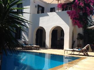 Spetses villa, Spetses Town