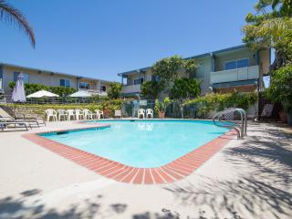 2 Bdr - Right at the Beach! Beautiful, Carpinteria