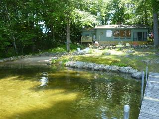 Lake Kanasatka Waterfront Rental, Moultonborough