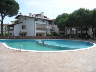 Bilocale al primo piano con piscina e terrazza, Lido di Spina