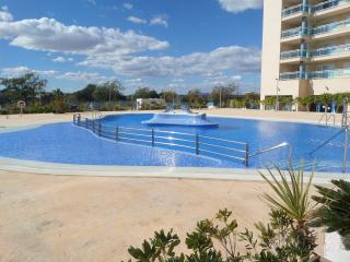 Europa Sun Hotel - Private Apartment at Fraction of the Hotel Price - Guardamar, Guardamar del Segura