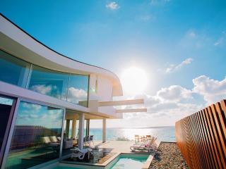 Ultra modern  beach front villa, amazing sunsets, Nea Dimmata