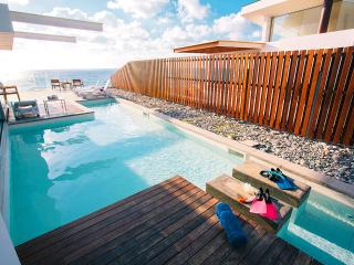Ultra modern  beach front villa, amazing sunsets