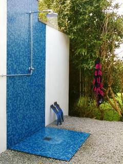 Refresh After Visiting The beach In The Lovely Outdoor Shower