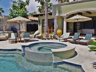 Casa Maravillas: 4 Bdrm Colonial inspired design villa in Punta Ballena, Cabo San Lucas