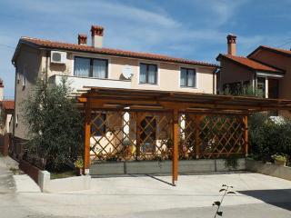 Apartment Maris, Basanija