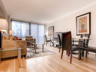 Lux Times Square 2BR w/pool, gym, WiFi, New York City