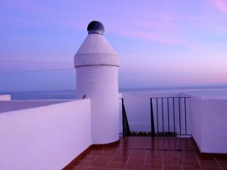 Vista Marbella Penthouse Roofterrace Sleeps 5, Sitio de Calahonda