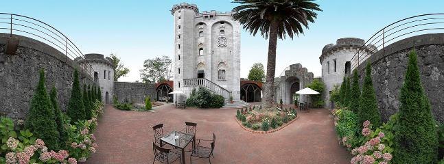 Castillo de Arteaga, vistas del interior.