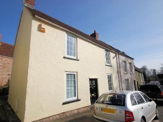 VESPE Cottage in Wells, Godney