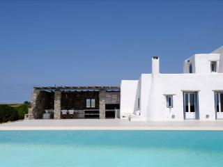 Fantastic sea view villa offering beutiful sunsets, Paros